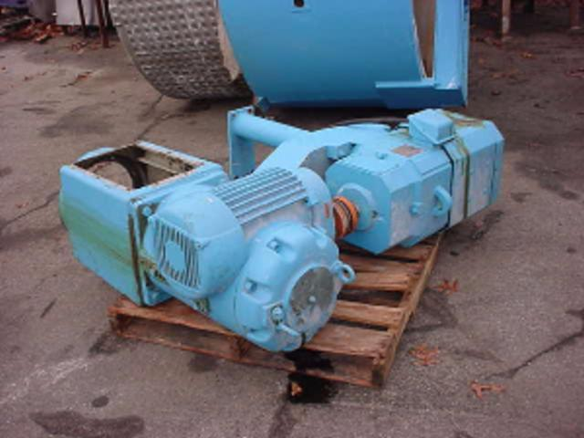 15 HP NETTCO Right Angle Drive